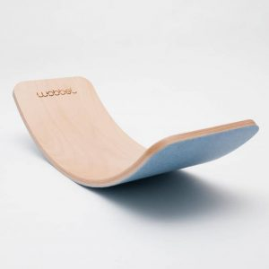 Wobbel pro balance board legno e feltro sky