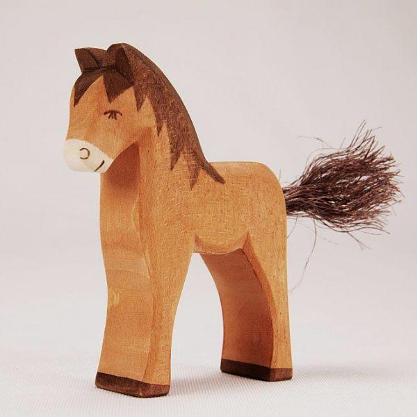 Figura legno puledro marrone - Ostheimer