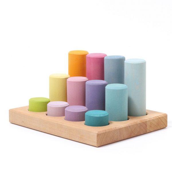Gioco cilindri associazione colori pastello Grimm's