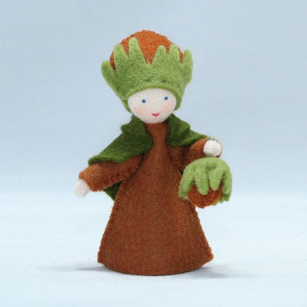 Figura Waldorf Fata Haselnut Boy Ambro-dolls