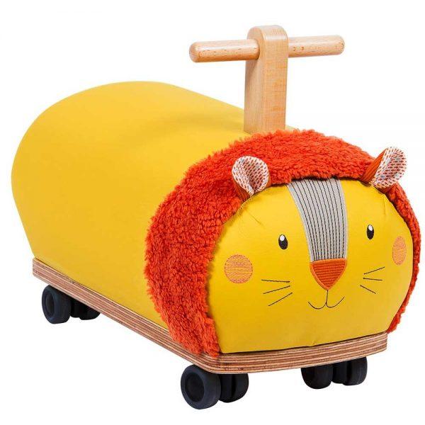 Le quattro ruote danno stabilità e girano di 360°, così il bambino potrà viaggiare per casa senza nessun limite. Cavalcabile leone ruote folli Papoum
