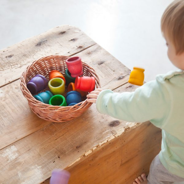 Set 12 porta uovo arcobaleno gioco educativo in legno Grapat