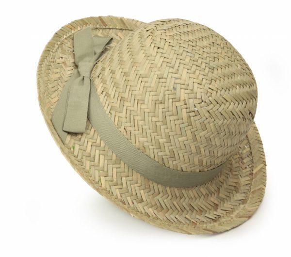 Cappello-di-paglia-con-nastro-verde-Egmont-Toys-70300