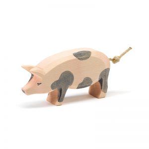 Figura legno maiale pezzato testa alta - Ostheimer